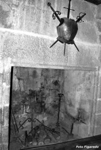 Chimenea de un castillo. Foto Figaredo, Gijón