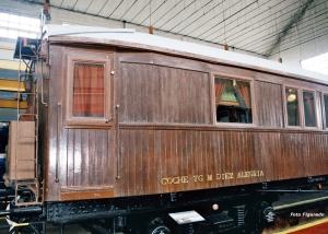 vagón del Teniente General Manuel Díez Alegría. Foto Figaredo, Gijón