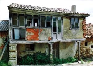 casa de aldea donde vivía la maestra