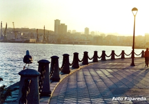 paseo marítimo de La Coruña. Foto Figaredo, Gijón