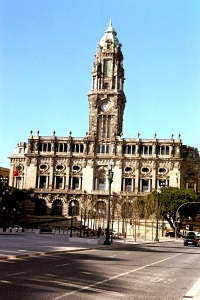 Edificio del Ayuntamiento de Oporto. Foto Figaredo, Gijón