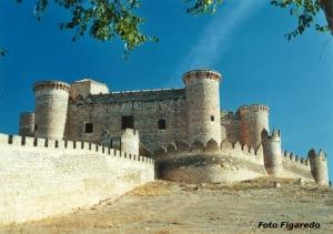 Castillo y muralla de Belmonte-Cuenca. Foto Figaredo, Gijón