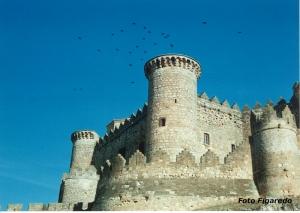 Vista parcial del castillo de Belmonte. Foto Figaredo, Gijón