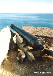 antiguo cañon contra piratas. Foto Figaredo, Gijón