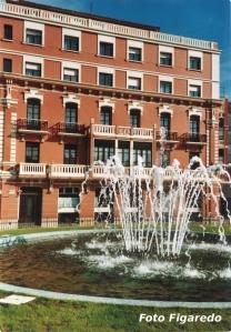 Hotel Marina con fuente. Foto Figaredo, Gijón