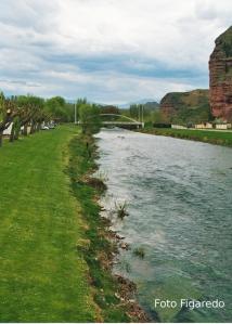 Paseo de Nájera junto al río. Foto Figaredo, Gijón