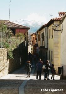 Entrando en Cuacos. Foto Figaredo, Gijón