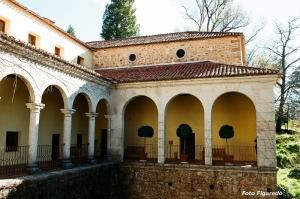 Galería del palacio de Carlos I. Foto Figaredo, Gijón