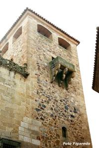 Matacán del Palacio de los Golfines. Foto Figaredo, Gijón