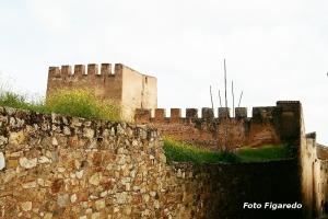 muralla de Cáceres. Foto Figaredo, Gijón