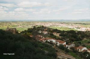 Vista desde el Castillo de Trujillo. Foto Figaredo, Gijón