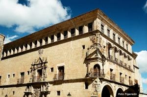 Palacio de San Carlos. Foto Figaredo, Gijón