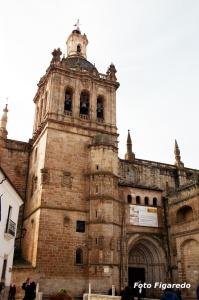 Catedral de la Asunción en Coria. Foto Figaredo, Gijón