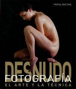 Libro de fotografía de desnudos. Foto Figaredo, Gijón