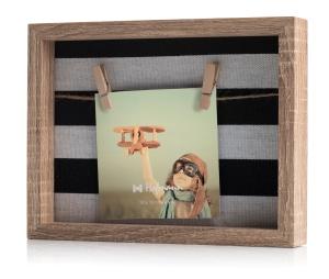 marco madera para foto, con pinzas. Foto Figaredo, Gijón