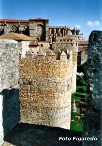 vista desde lo alto de la muralla. Foto Figaredo, Gijón