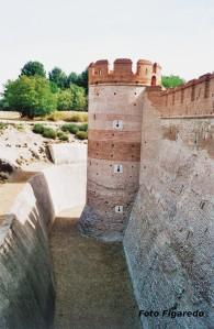 foso del Castillo de la Mota. Foto Figaredo, Gijón