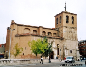 Colegiata. Foto Figaredo, Gijón