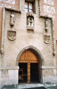 Portada de la Concepción, de 1507. Foto Figaredo, Gijón