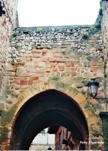 Arco arrebatacapas. Foto Figaredo, Gijón
