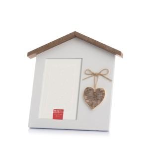 marco con forma de casa y corazón. Foto Figaredo, Gijón