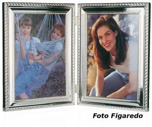 marco con bisagra para dos fotos 10x15. Foto Figaredo, Gijón