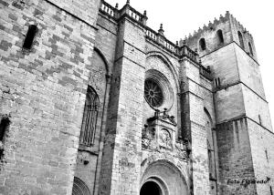 Catedral de Sigüenza, entrada. Foto Figaredo, Gijón