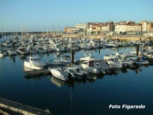 Puerto Deportivo. Foto Figaredo, Gijón