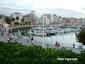 Zona de Fomento al atardecer. Foto Figaredo, Gijón