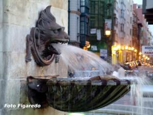 Detalle en estatua de Pelayo. Foto Figaredo, Gijón