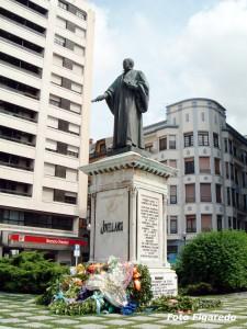Estatua de Jovellanos. Foto Figaredo, Gijón