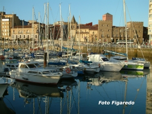 Puerto Deportivo, vista parcial. Foto Figaredo, Gijón