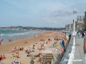 Playa de San Lorenzo zona oeste. Foto Figaredo, Gijón