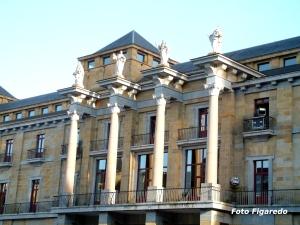 Palacios en la zona noble, representando grandes valores. Universidad Laboral de Gijón